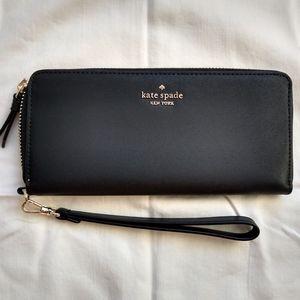 Kate Spade wallet/ Wristlet